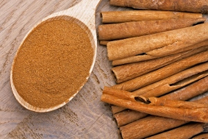 List-Of-Healthy-Foods-cinnamon-sticks-spices