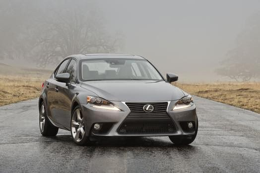 New Lexus IS 350 walks the sport-luxury walk