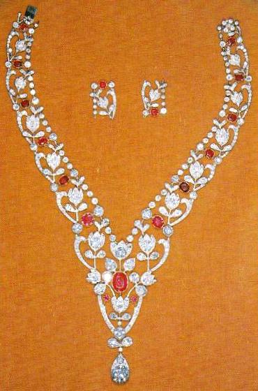 from her majesty 39 s jewel vault ruby and diamond floral