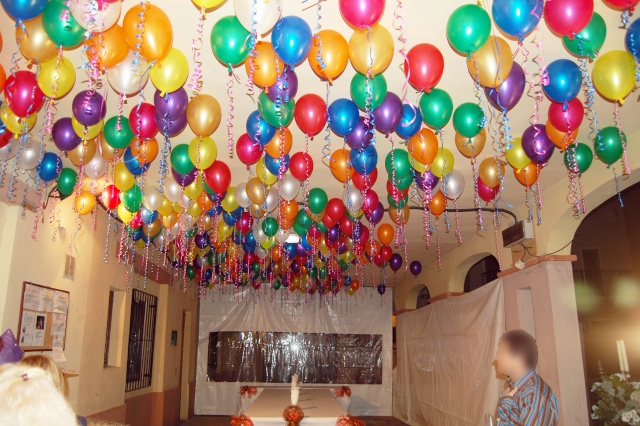 Decoraciones con globos - Decoraciones para techos ...