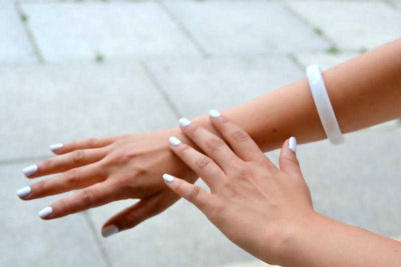 white nails myberlinfashion girl inspiration