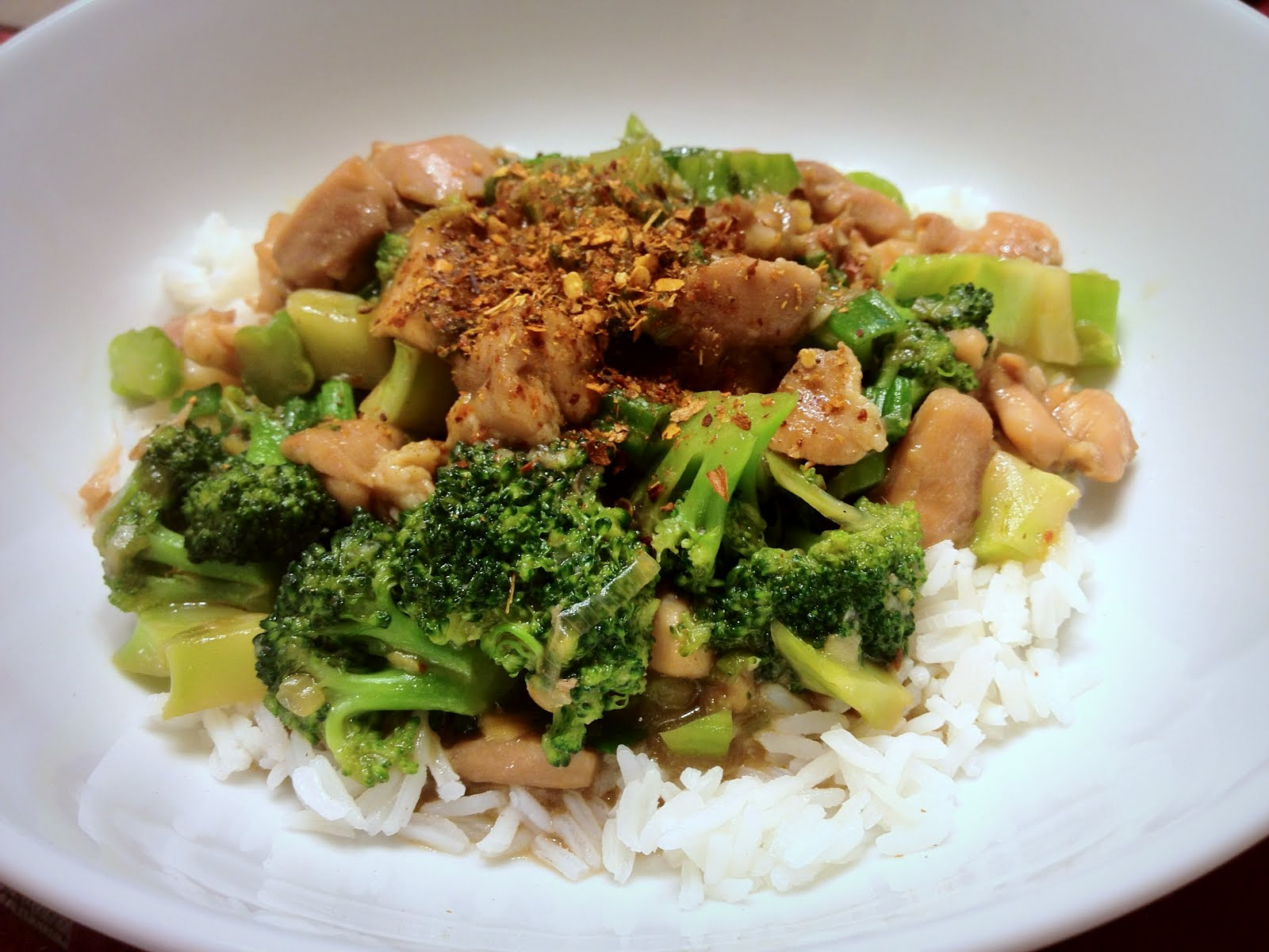 Alosha's Kitchen: Chicken and Broccoli Stir Fry