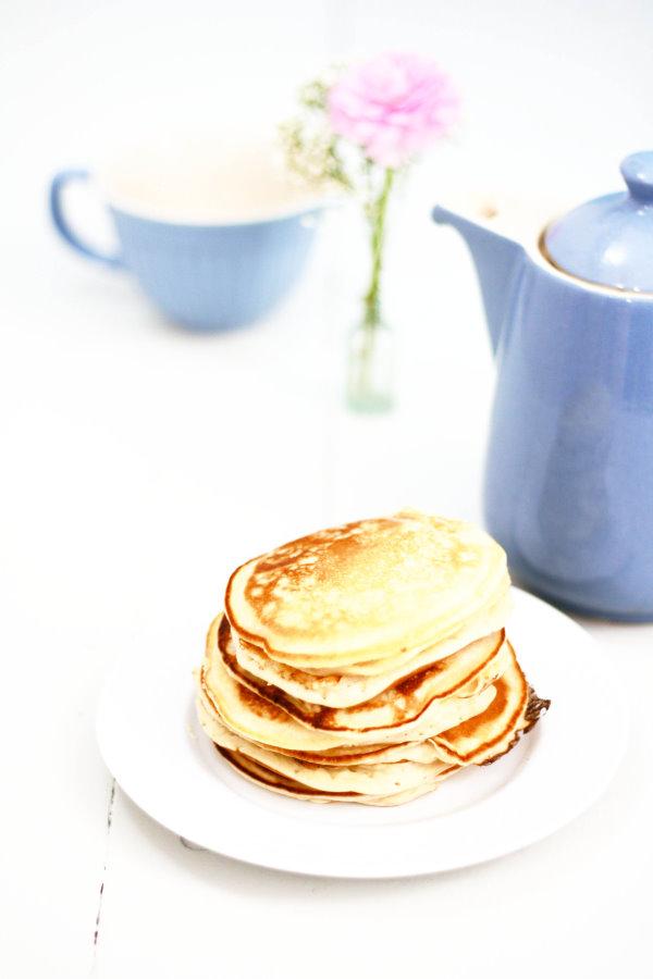 Selbstgemachte Pancakes für das Sonntagsfrühstück