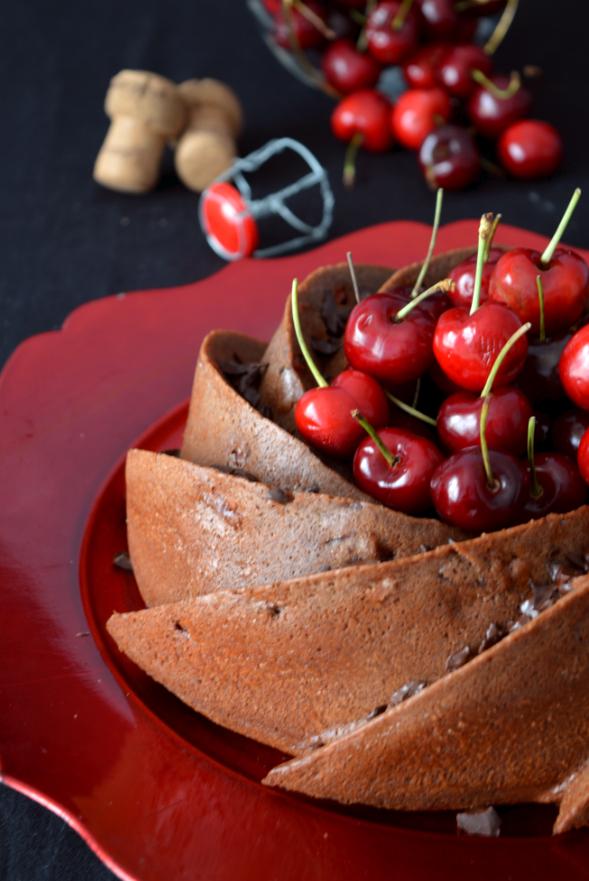 Selva Negra Bundt Cake