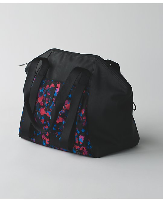 lululemon free-to-be-bag