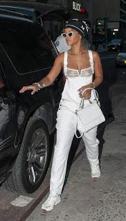 免费性感的图片 - rs-Rihanna-787275.jpg