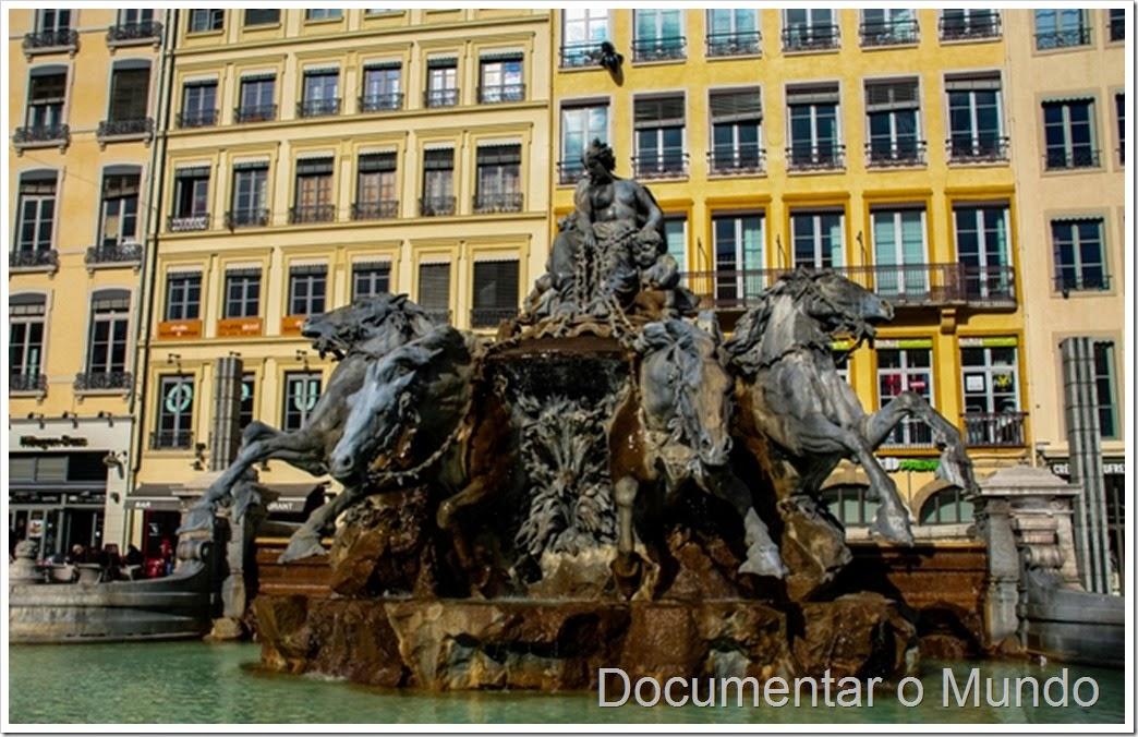 Fonte Bartholdi; Lyon