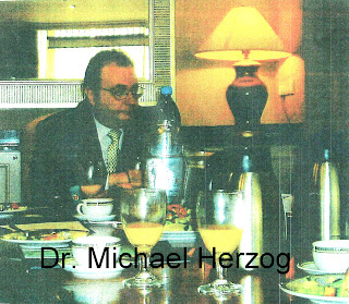 Dr. Michael Herzog