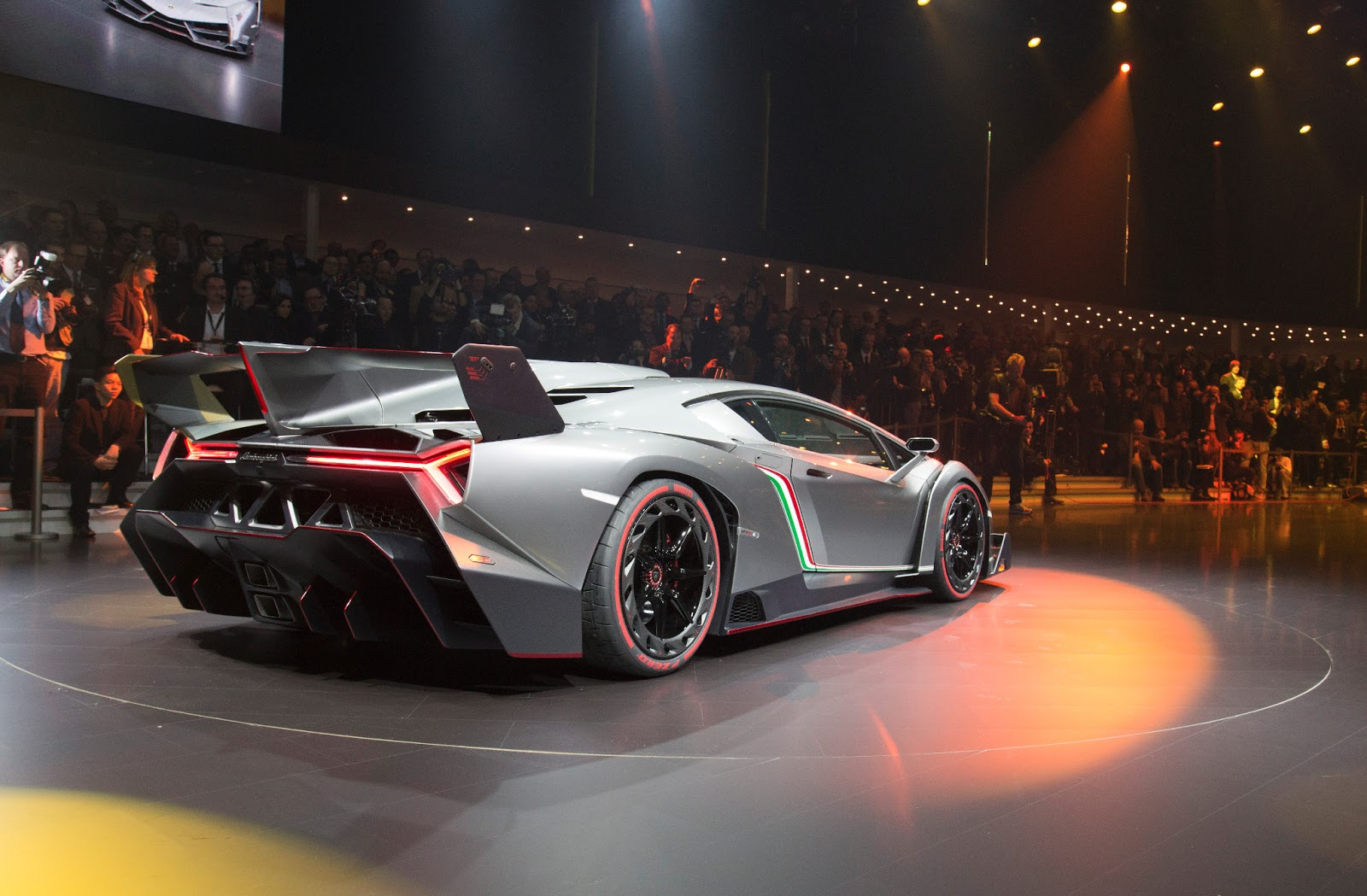 The Lamborghini Veneno Is Awesome...Scary, but Awesome ...