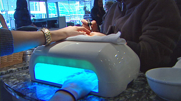 Benefits Of A Gel Nail UV Light Dryer