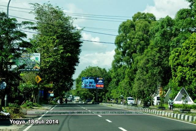 Kesibukan Jalanan Kota Yogya di Bulan Ramadhan - 18 Juli 2014