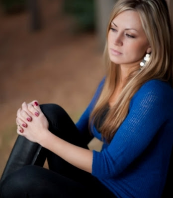 كيف اعرف ان زوجى لا يحبنى - امرأة حزينة - مجروحة فى الحب - وحيدة