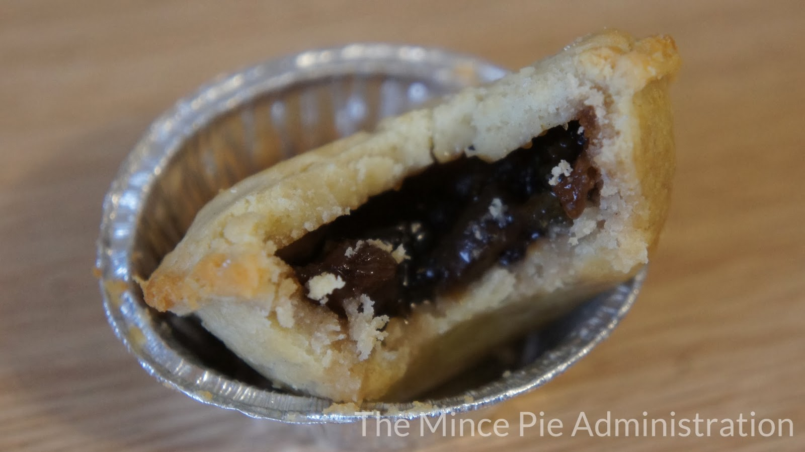 The Mince Pie Administration: Iceland 6 Deep Fill Mince Pies