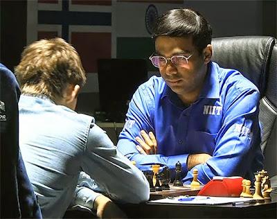 Viswanathan Anand au championnat du monde d'échecs 2014 © Chess & Strategy