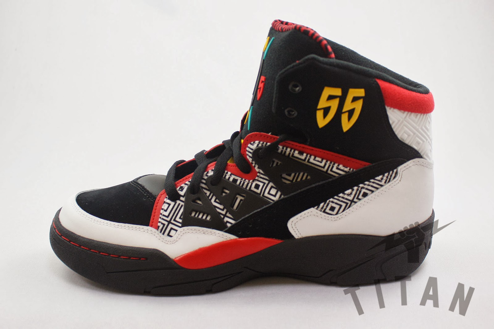 Basketball Shoes Stores Oakville