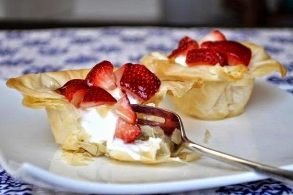 Yogurt and Strawberry Phyllo Cups