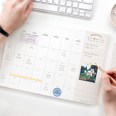 monthly desk planner