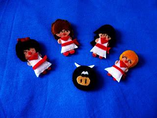 broches de muñecas de san fermín