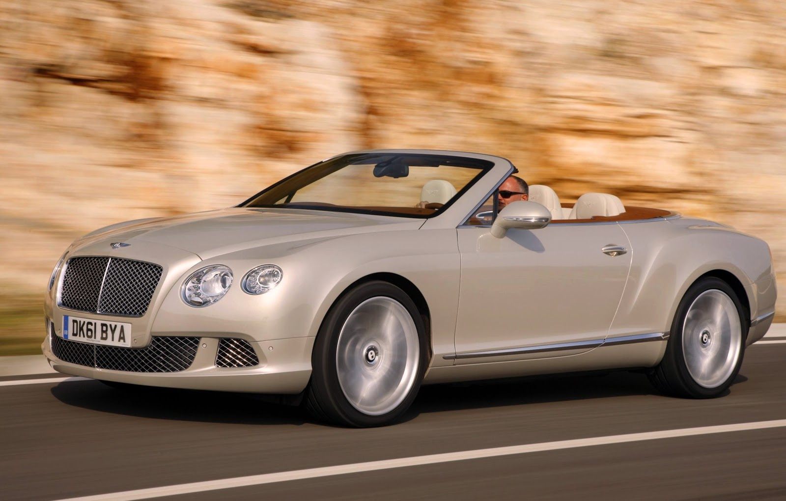 indonesian 2013 bentley continental gt speed convertible. Black Bedroom Furniture Sets. Home Design Ideas