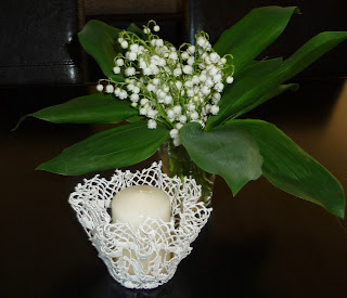 świecznik z bawełnianej koronki
