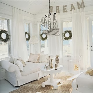 White Coastal Christmas Decor