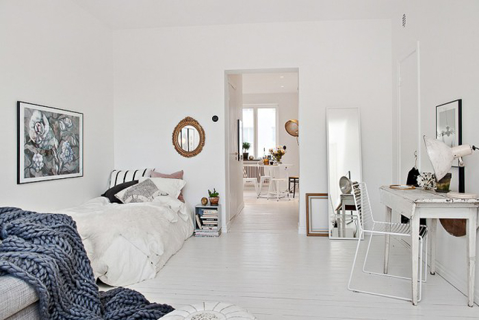 Deco small apartment with or without shoes blog - Manta de lana gruesa ...