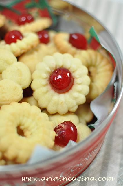 Biscotti (idee per Natale)