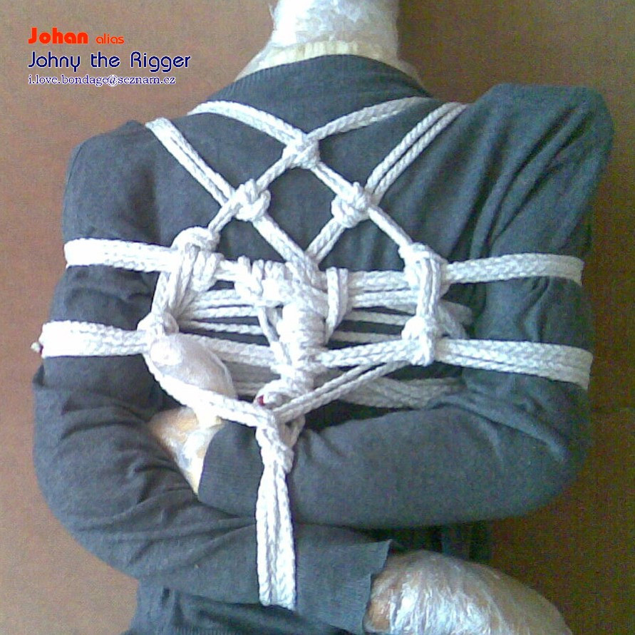 Rope Rebirth http://my-knots.blogspot.com/2011/06/shibari-tutorial-takate-kote-with-3.html