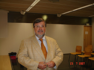 Pequeño Curriculum Gregorio Labatut Serer