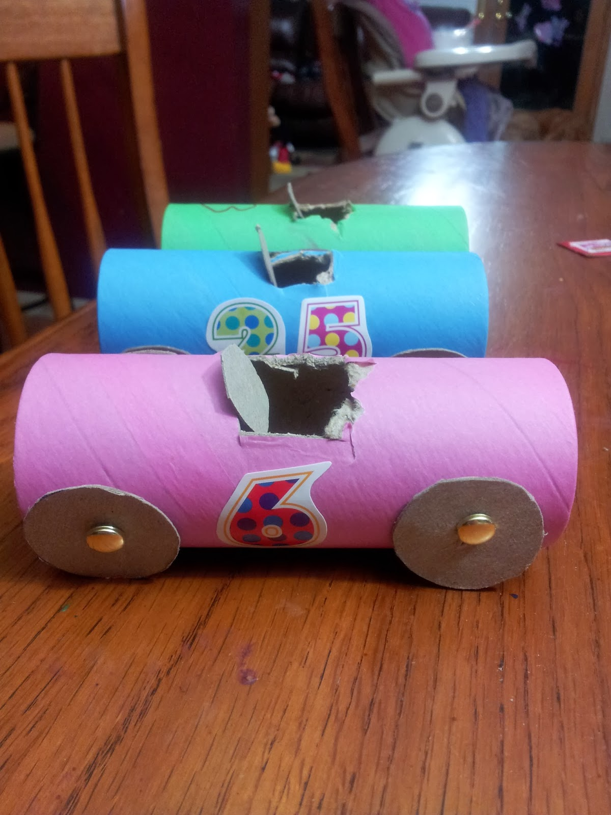 Working mom wonders toilet paper roll cars for How to make a paper car that rolls