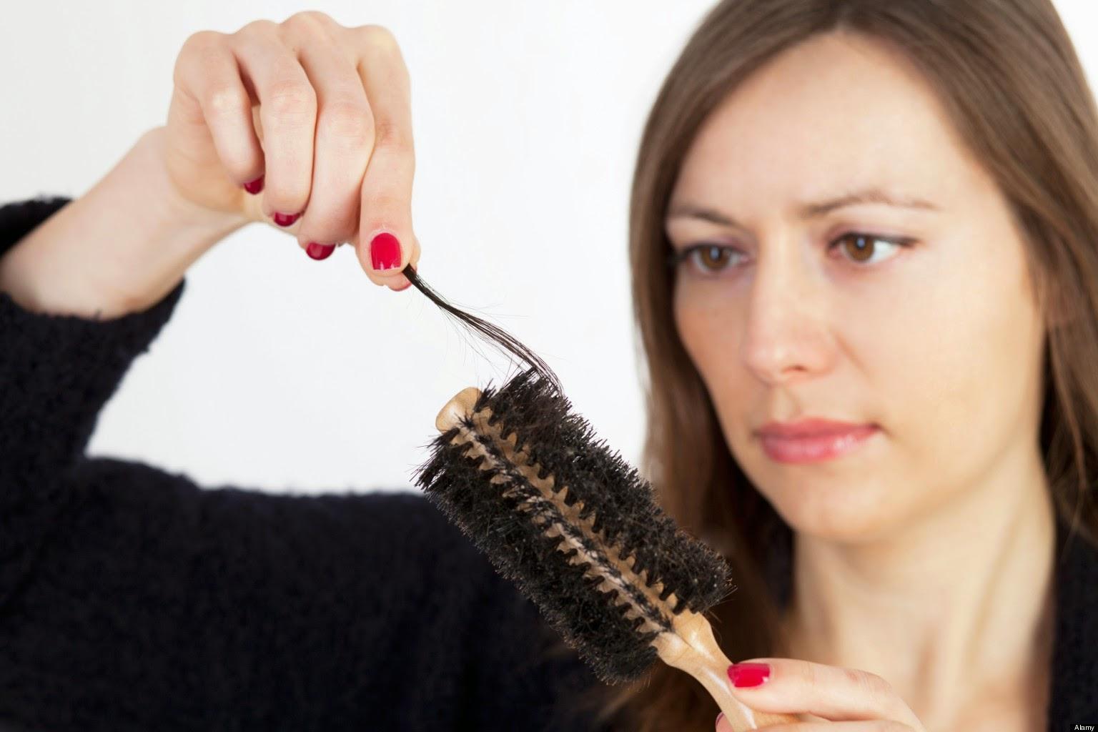 Comment les hormones affectent vos cheveux?