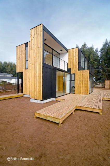Casa moderna de madera estilo Contemporáneo en Valparaiso, Chile