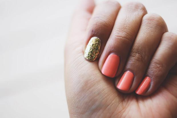 une-deux senses manicure mondays