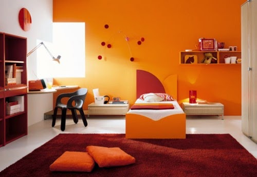 kamar anak laki laki berwarna orange