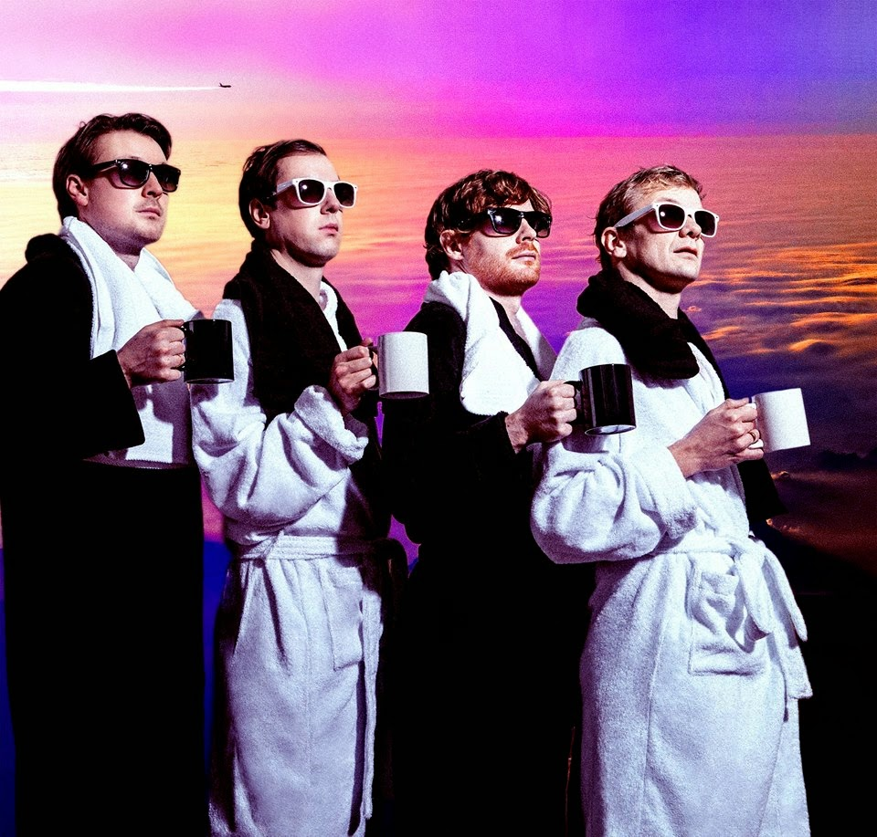 After Musiic: Django Django estrena el vídeo de 'Beginning ...