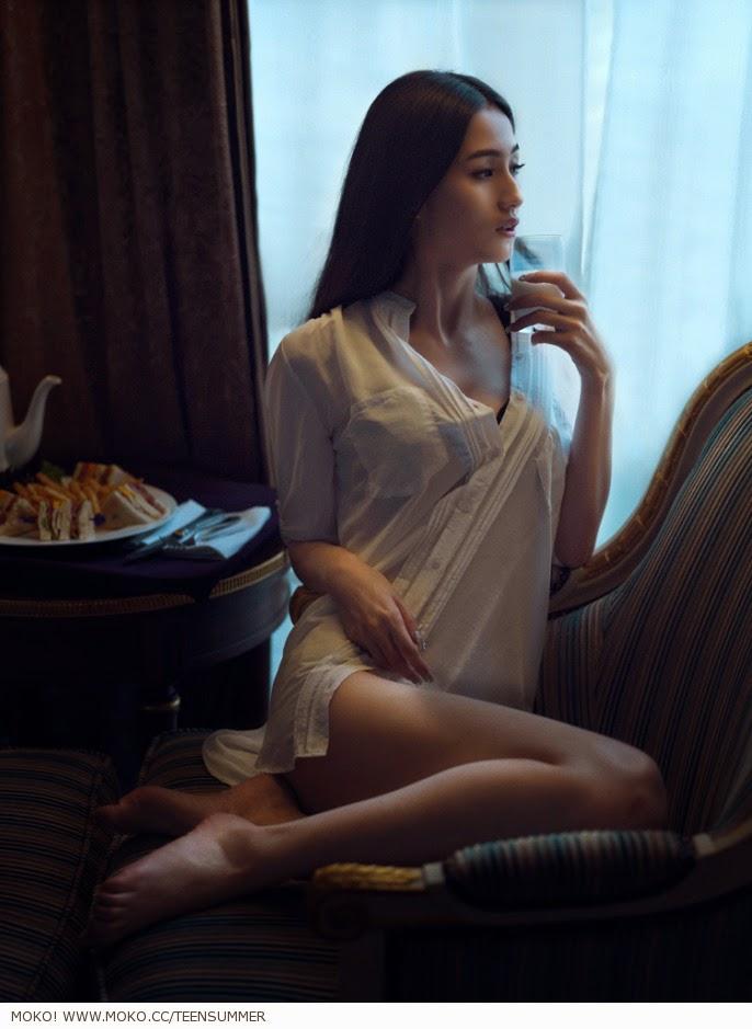 Girls having sex bedpost