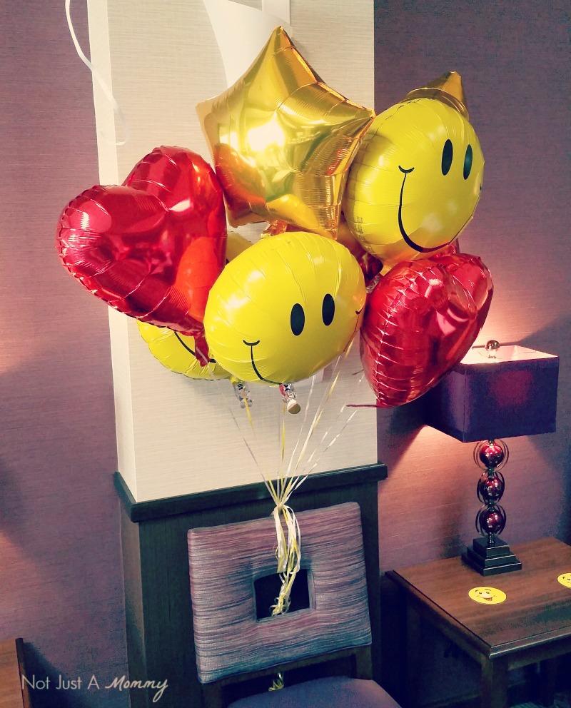 Emoji Graduation Party balloons