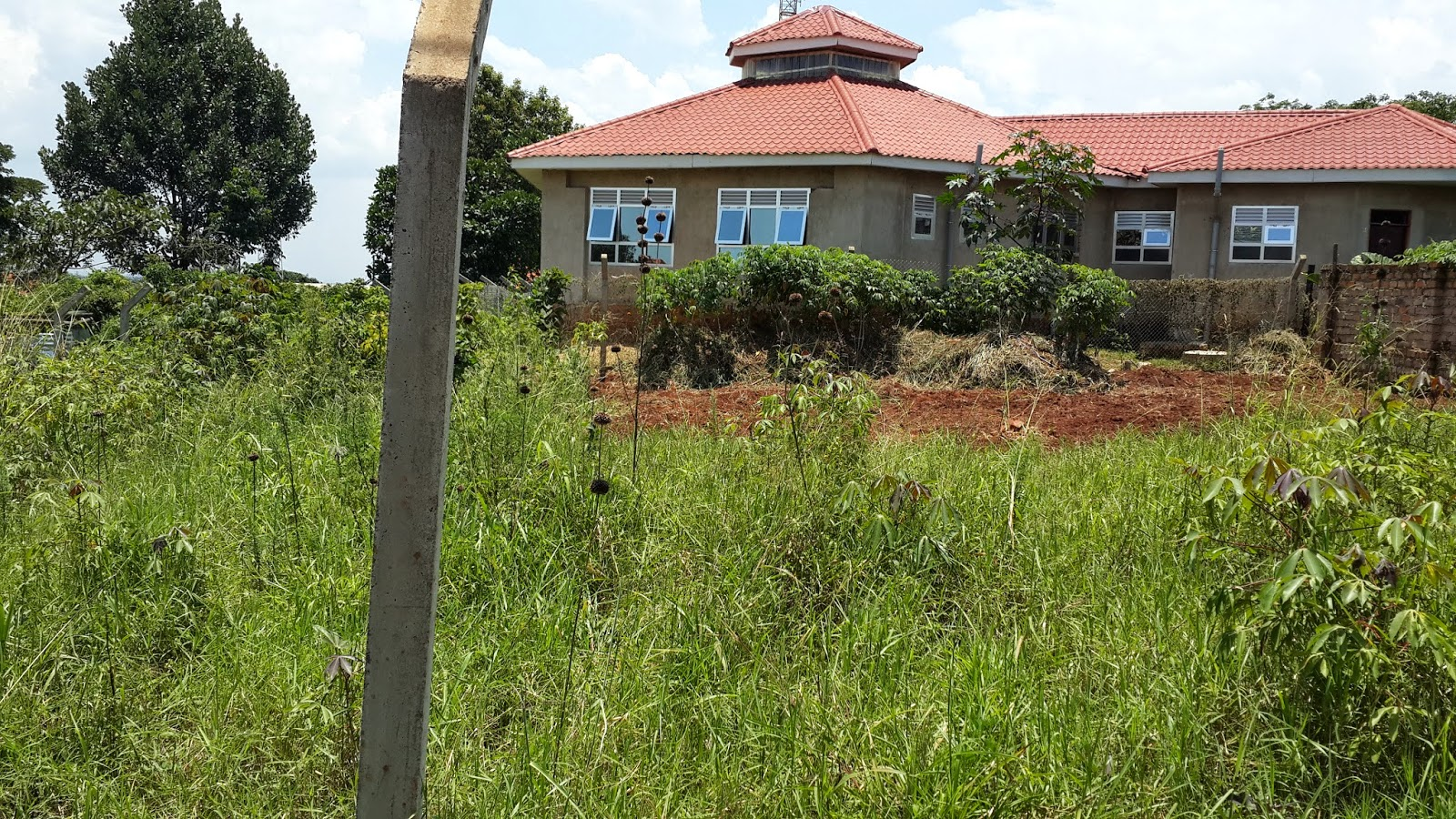 Houses for sale kampala uganda land for sale in naalya for Best residential houses in uganda