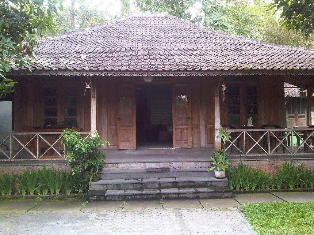 Rumah Minimalis Gaya Jawa Agape Locs