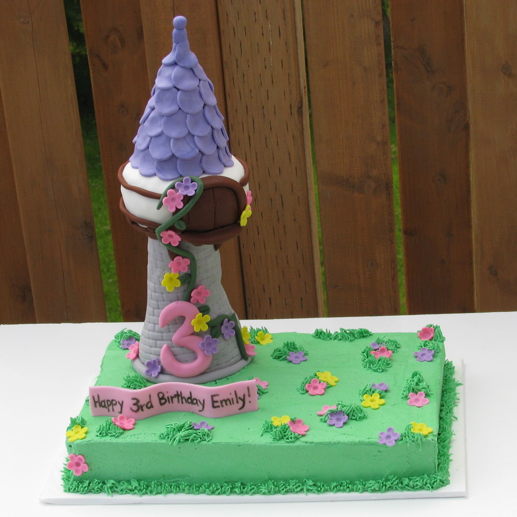 Kdf CREATIONS: Rapunzel Tower Cake