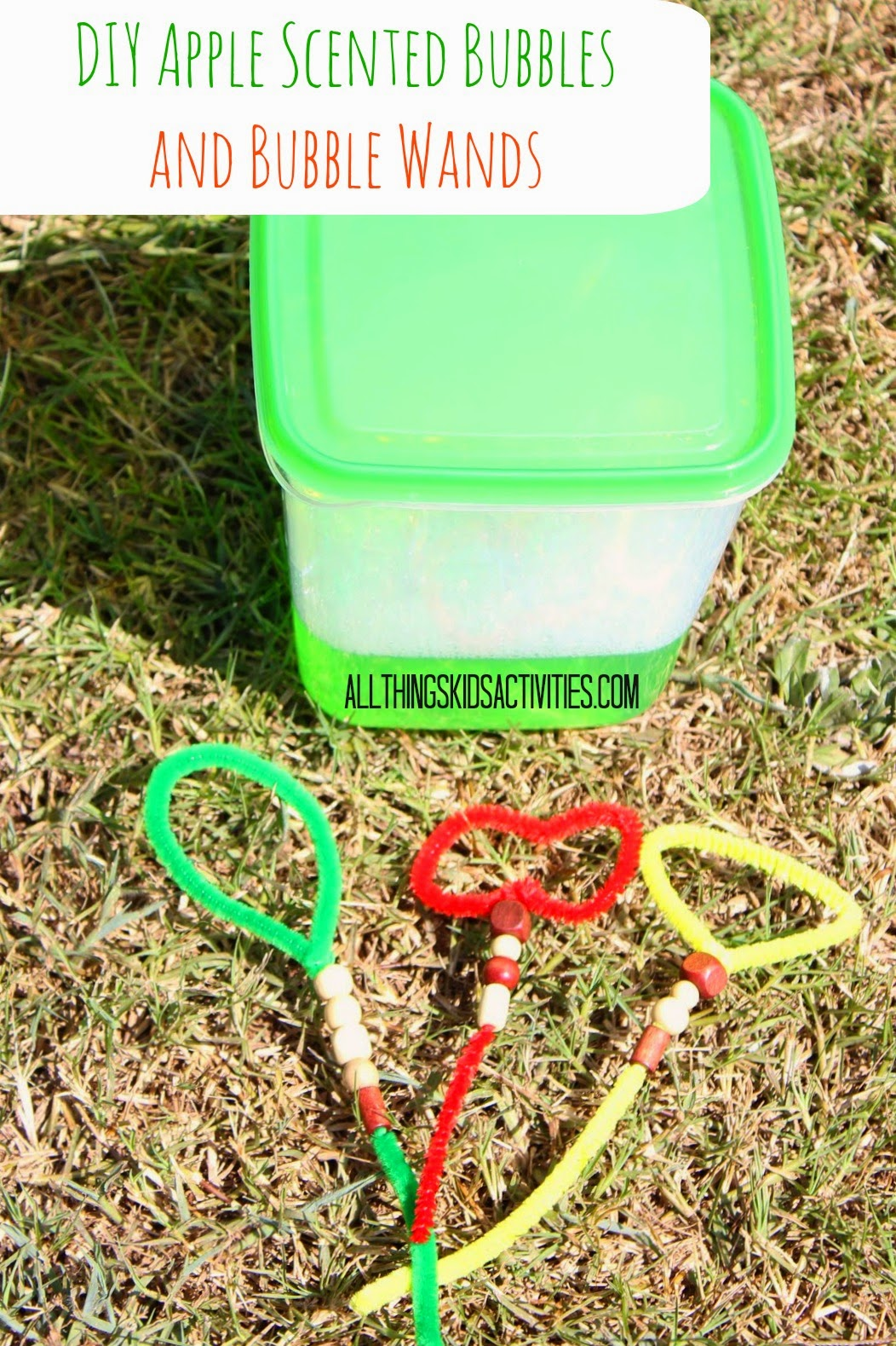 DIY Apple Scented Bubbles-Fall Outside Play