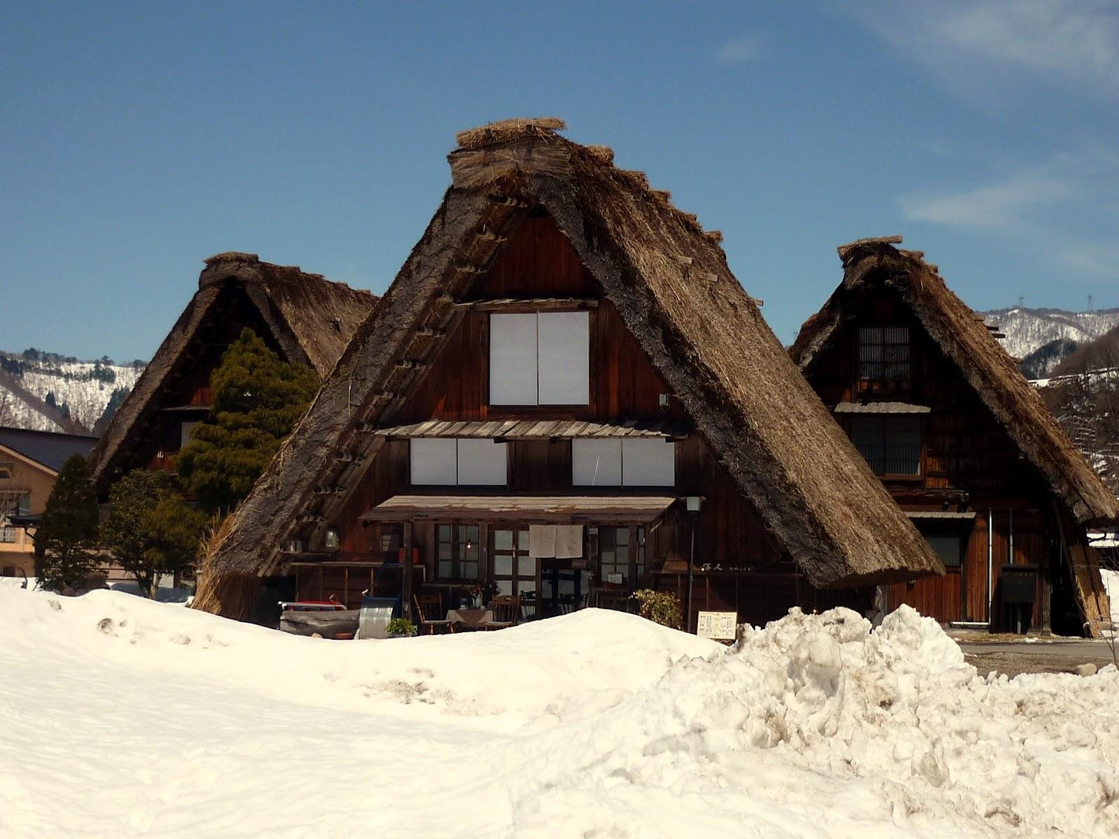 Visita di shirakawa go il villaggio pi bello del for Case in giappone
