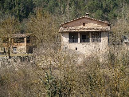 La masia de Guiteres i la seva pallissa pertanyents al terme de Sobremunt