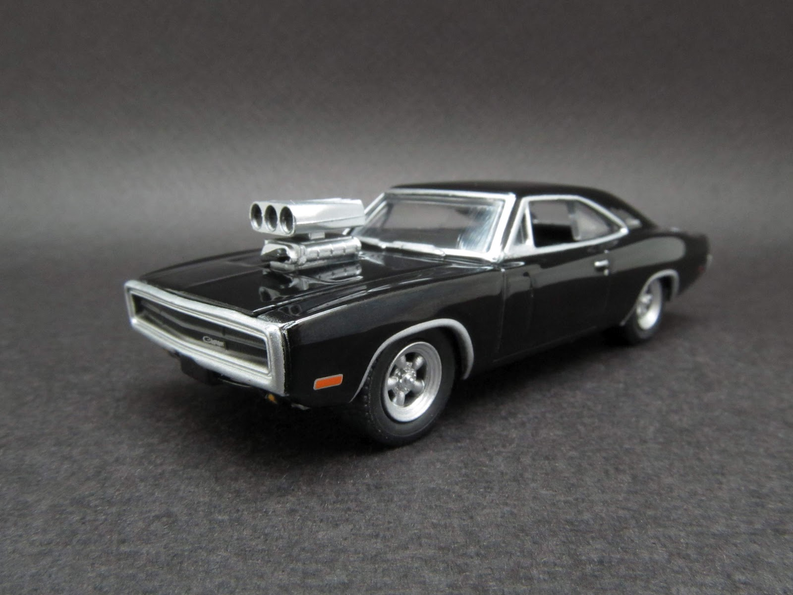 diecast hobbist 1970 dodge charger with blown engine the fast and the furious 2001. Black Bedroom Furniture Sets. Home Design Ideas