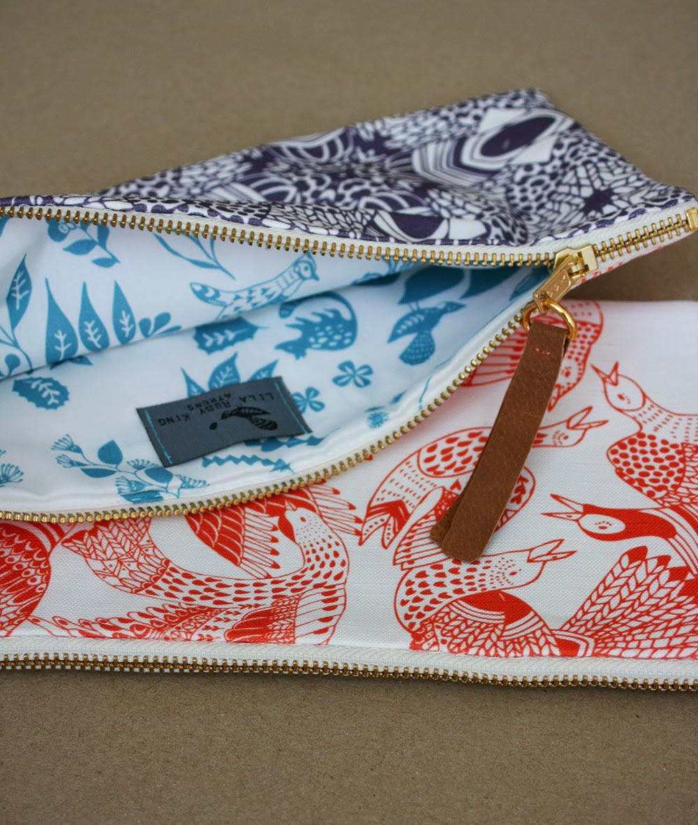 https://www.etsy.com/listing/193348601/long-purse-cala-bird-handmade-purse?ref=listing-2