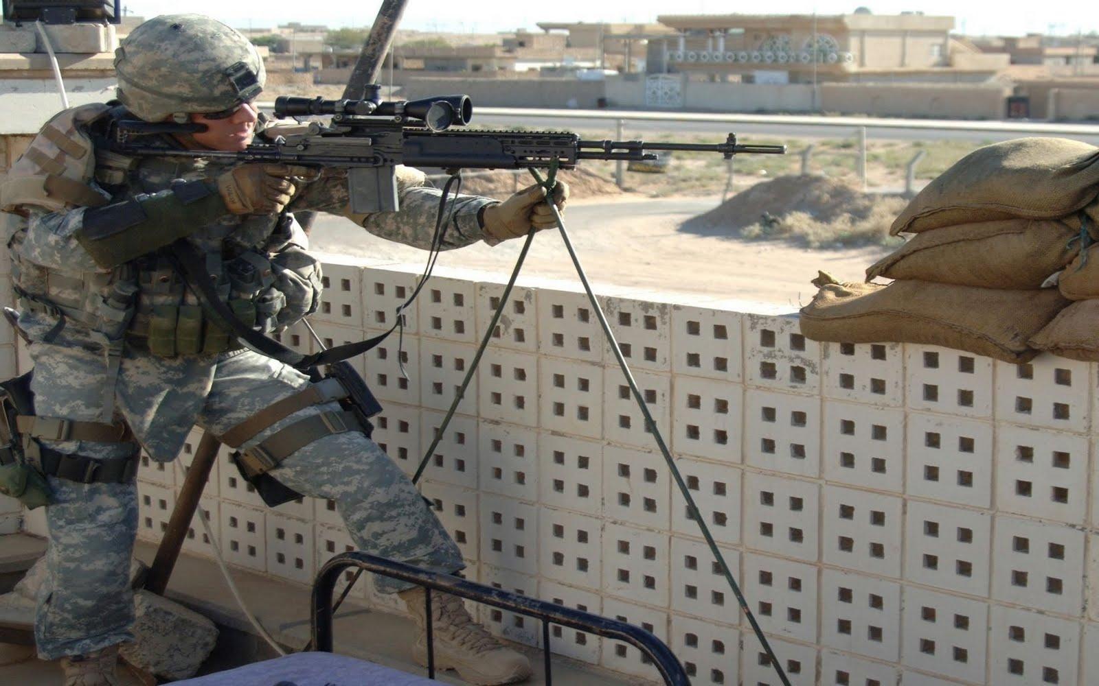 http://4.bp.blogspot.com/-jrJ8OyHwjD8/TrYhSgOZ9pI/AAAAAAAABw8/cNDMhFXuC98/s1600/Army-Military-Man-High-Resolution-Wallpapers.stillmaza.com-1.jpg