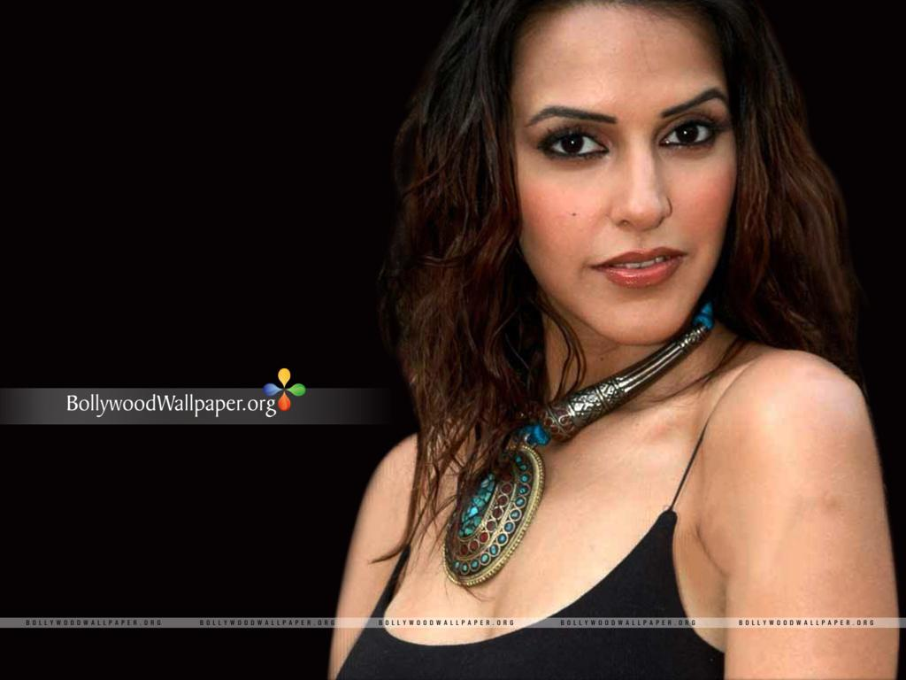 neha dhupia wallpapers hot - photo #35