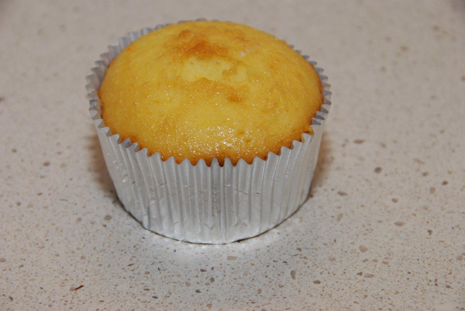 how to make basic plain cupcakes