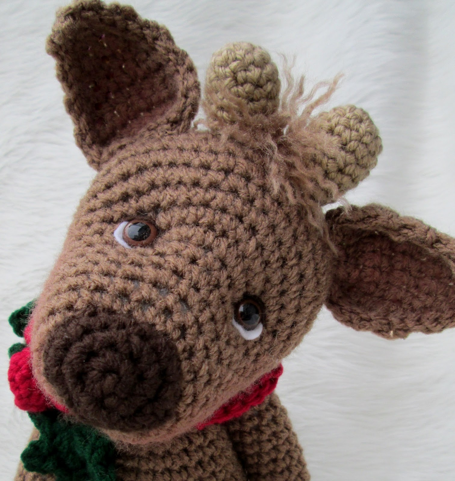 Wool and Whims: New Crochet Pattern, Simply Cute Reindeer