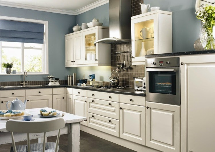 Contrasting kitchen wall colors 15 cool color ideas for White kitchen wall color